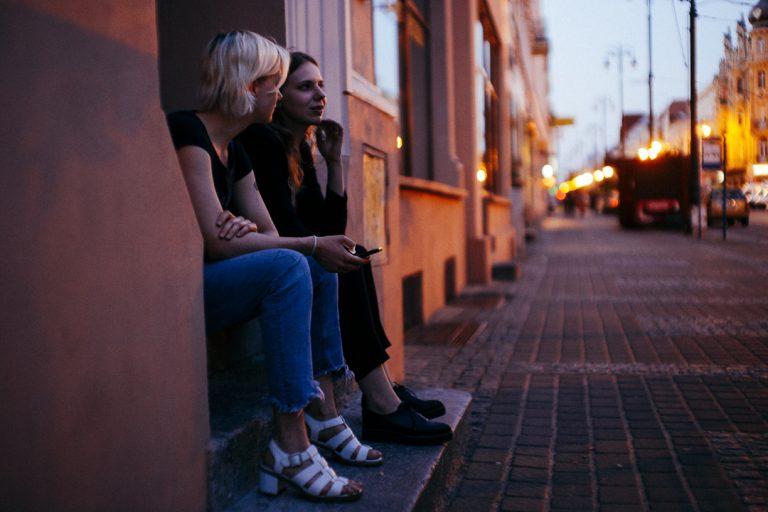 światło w fotografii miejskiej